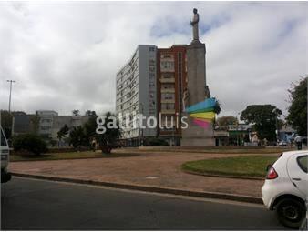 https://www.gallito.com.uy/apartamento-de-3-dormitorios-la-blanqueada-venta-inmuebles-17738763