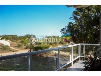 https://www.gallito.com.uy/casa-de-2-plantas-frente-a-la-playa-inmuebles-17763599