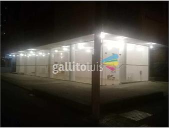 https://www.gallito.com.uy/local-comercial-todo-o-parte-esquina-21-de-setiembre-y-berro-inmuebles-17795636