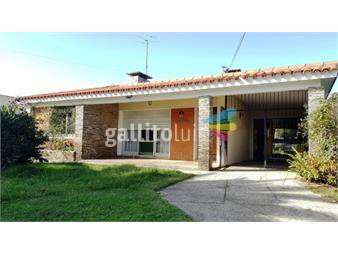 https://www.gallito.com.uy/venta-casa-lagomar-sur-proxima-al-mar-3-dormitorios-inmuebles-17841305