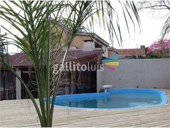https://www.gallito.com.uy/casa-en-2-plantas-muy-espaciosa-y-original-inmuebles-17868136