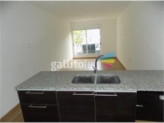https://www.gallito.com.uy/excelente-apartamento-con-garaje-al-frente-sobre-avdarivera-inmuebles-17886229