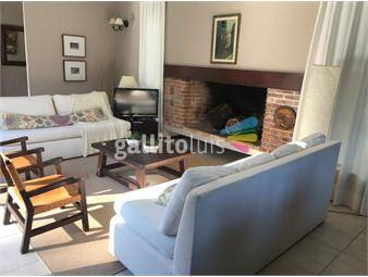 https://www.gallito.com.uy/regia-casa-en-pda36-a-250mts-de-la-playa-inmuebles-17894386