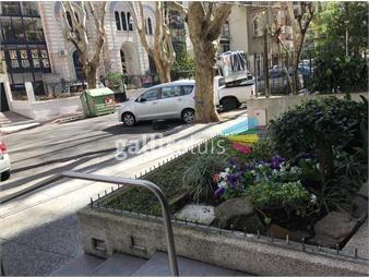 https://www.gallito.com.uy/apartamento-venta-2-dormitorios-y-servicio-gge-pocitos-inmuebles-17936813