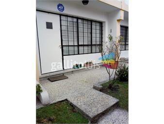 https://www.gallito.com.uy/venta-casa-duplex-con-renta-en-brartigas-inmuebles-17951039