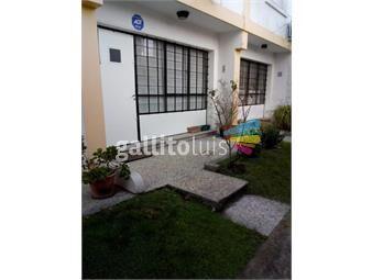 https://www.gallito.com.uy/venta-casa-duplex-con-renta-en-la-blanqueada-inmuebles-17951230