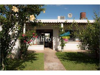 https://www.gallito.com.uy/casa-en-venta-frente-al-mar-en-arachania-inmuebles-18022999