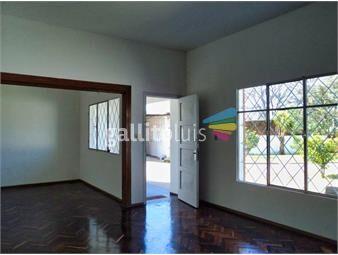 https://www.gallito.com.uy/gran-casa-con-jardin-patio-y-cochera-inmuebles-12876852