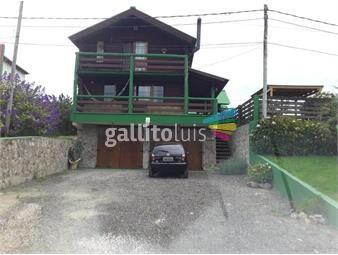 https://www.gallito.com.uy/casa-de-troncos-y-piedra-arachania-frente-al-mar-inmuebles-18027963