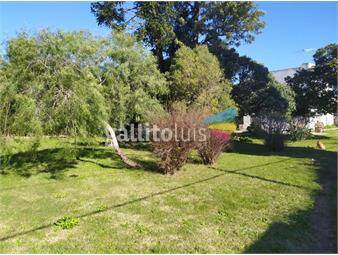 https://www.gallito.com.uy/son-10600m2-sobre-ruta-8-km-24-y-casa-inmuebles-18069901