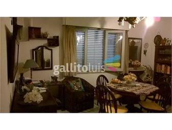 https://www.gallito.com.uy/apartamento-amplio-proximo-plaza-zabala-inmuebles-18073637