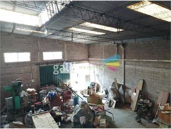 https://www.gallito.com.uy/local-ideal-para-deposito-taller-estacionamiento-inmuebles-18079309