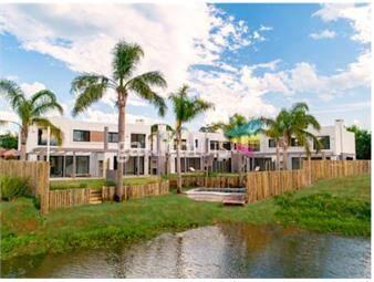 https://www.gallito.com.uy/casa-en-venta-a-estrenar-parque-miramar-lagos-inmuebles-18087119