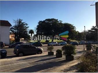 https://www.gallito.com.uy/completamente-equipado-con-jardin-inmuebles-18091807
