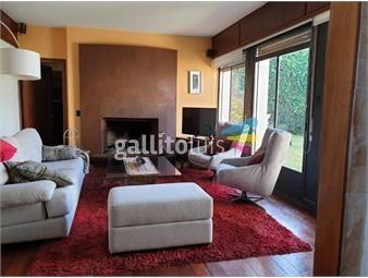 https://www.gallito.com.uy/excelente-ubicacion-con-toda-la-locomocion-inmuebles-18169798