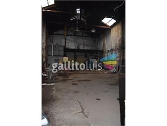 https://www.gallito.com.uy/venta-galpon-sobre-san-martin-esquina-dr-juan-jose-amezaga-inmuebles-18177398
