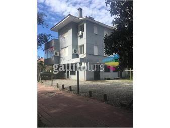 https://www.gallito.com.uy/edificio-en-3-plantas-unico-en-la-manzana-620-m-terreno-inmuebles-18197201