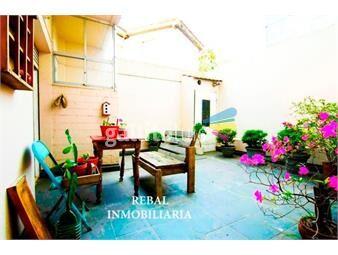 https://www.gallito.com.uy/espacioso-antiguo-patio-calef-gge-fijo-s5000gtos-inmuebles-18200299
