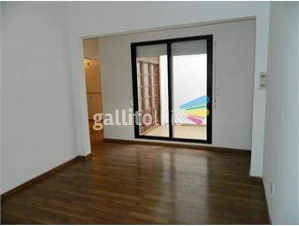 https://www.gallito.com.uy/departamento-tipo-casita-de-2-dormitorios-con-patio-inmuebles-18212317
