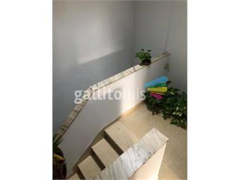 https://www.gallito.com.uy/amplia-padron-unico-garage-a-pasos-de-la-rambla-en-2-niveles-inmuebles-18244702