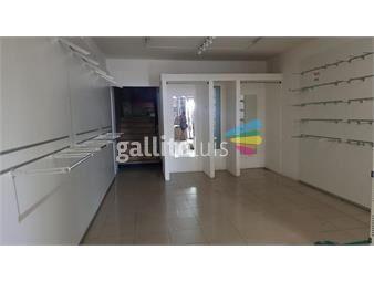 https://www.gallito.com.uy/amplio-local-comercial-en-ejido-esq-18-de-julio-inmuebles-18267098