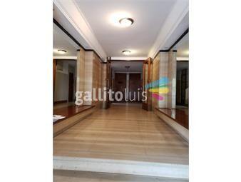https://www.gallito.com.uy/venta-apartamento-2-dormitorios-en-centro-inmuebles-18301621
