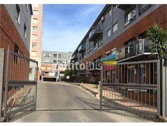 https://www.gallito.com.uy/venta-permuta-apartamento-la-blanqueada-2-dormitorio-inmuebles-18322826