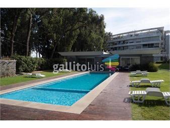 https://www.gallito.com.uy/venta-de-apartamento-de-3-dormitorios-3-baños-carrasco-inmuebles-18348765