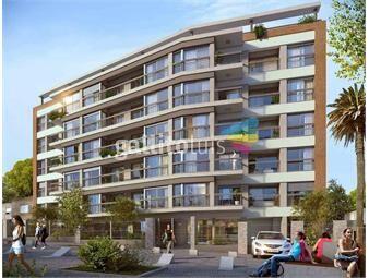 https://www.gallito.com.uy/venta-apartamento-ventura-plaza-con-renta-inmuebles-18371620