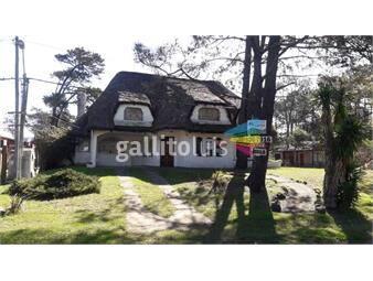 https://www.gallito.com.uy/ideal-empresa-o-instituto-a-1-de-la-playa-inmuebles-16271606