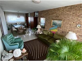 https://www.gallito.com.uy/impecable-y-amplia-gran-fondo-barbacoa-y-garaje-inmuebles-18392114