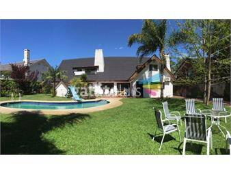 https://www.gallito.com.uy/excelente-propiedad-hermoso-parque-piscina-barbacoa-inmuebles-18409061