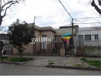 https://www.gallito.com.uy/casa-en-venta-cerrito-con-apartamento-independiente-al-fondo-inmuebles-18419772