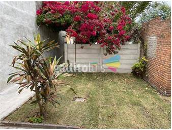 https://www.gallito.com.uy/reducto-casa-con-patio-jardin-2-dormitorios-inmuebles-18460537