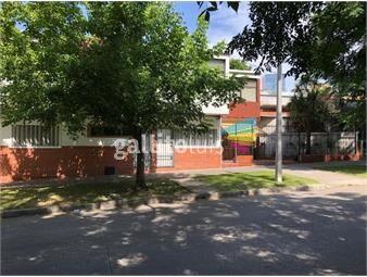 https://www.gallito.com.uy/muy-calida-patio-retiro-cochera-pasos-rivera-prox-a-shopping-inmuebles-18493924