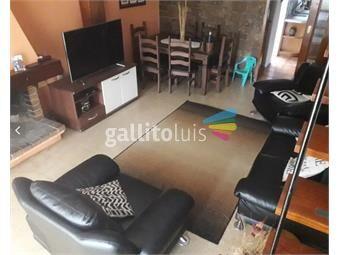 https://www.gallito.com.uy/venta-casa-3-plantas-con-garaje-2-dorm-parque-batlle-proxim-inmuebles-18498777
