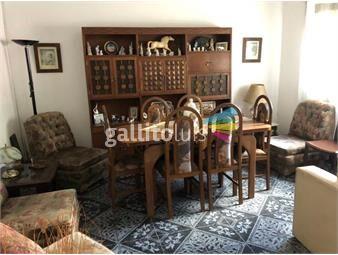 https://www.gallito.com.uy/venta-casa-2-plantas-cgaraje-en-parque-batlle-inmuebles-18517694