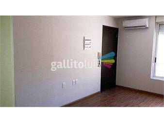 https://www.gallito.com.uy/a-mts-de-mvd-shoping-gc-bajos-sobre-rivera-inmuebles-18553200