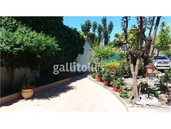 https://www.gallito.com.uy/casa-amplia-a-pocas-cuadras-av-italia-y-comercio-inmuebles-16507612