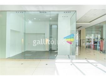 https://www.gallito.com.uy/local-esquinero-en-paseo-de-compras-con-vig24hs-inmuebles-18575613