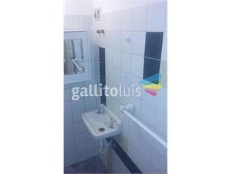 https://www.gallito.com.uy/al-frente-planta-baja-entrada-independiente-inmuebles-18581583