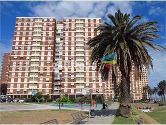 https://www.gallito.com.uy/venta-apartamento-3-dormitorios-palermo-frente-a-la-rambla-inmuebles-18598650