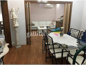 https://www.gallito.com.uy/muy-amplia-propiedad-2-plantas-apto-independiente-inmuebles-18602950