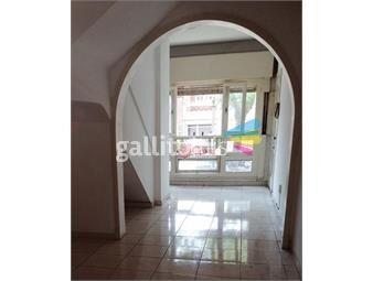 https://www.gallito.com.uy/casa-al-frente-con-parrillero-2-plantas-inmuebles-18249760