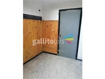 https://www.gallito.com.uy/comodo-apto-con-muy-buena-ubicacion-inmuebles-18535567