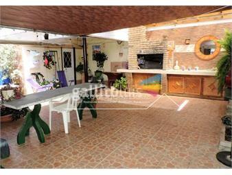 https://www.gallito.com.uy/venta-casa-3-dormitorios-2-baños-2-garajes-parrillero-inmuebles-18661875