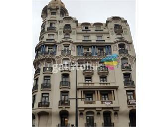 https://www.gallito.com.uy/amplio-apartamento-en-18-de-julio-y-yaguaron-inmuebles-18678413