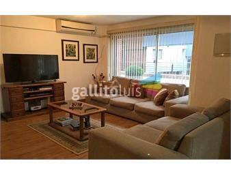 https://www.gallito.com.uy/venta-apartamento-tres-dormitorios-dos-baños-planta-baja-inmuebles-18679574