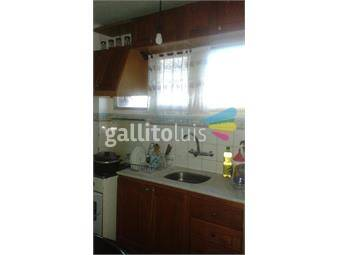 https://www.gallito.com.uy/alquilo-comodo-y-centrico-apartamento-de-2-dormitorios-inmuebles-18707557