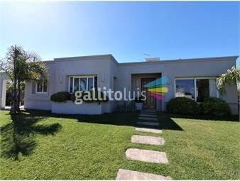 https://www.gallito.com.uy/espectacular-casa-en-barrio-privado-carmel-3-dormitorios-inmuebles-18713353